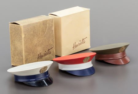 America powder compacts in the shape of military hats
