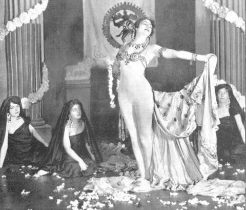 Mata Hari dance