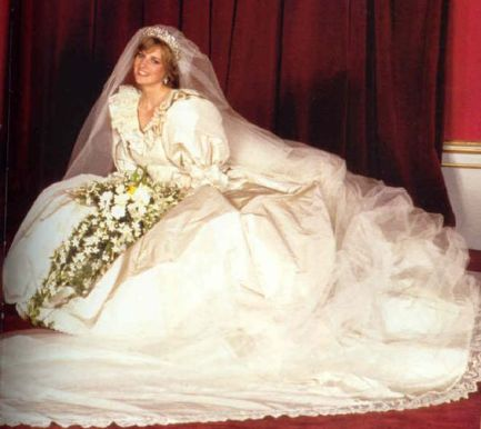 Princess Diana Poses In Her Wedding Dress