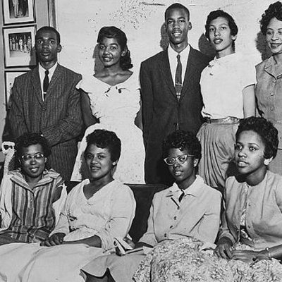 Members of the Little Rock Nine pose together, 1957
